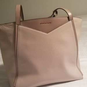 Michael Kors Blush Bag